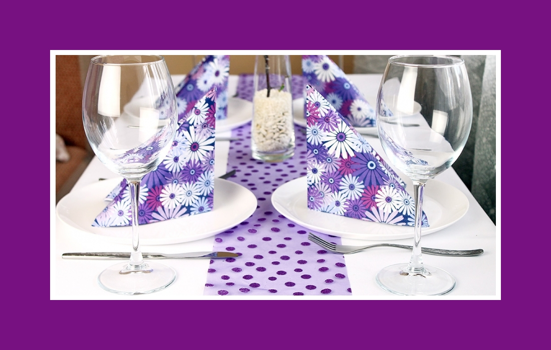 Purple & white colored party table